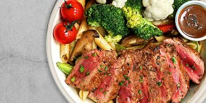 GRILLED BEEF STRIPLOIN BOWL